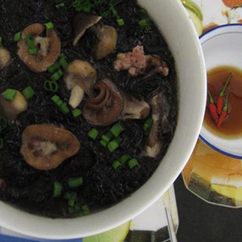 Độc đáo món canh rong biển khô nấu cật heo