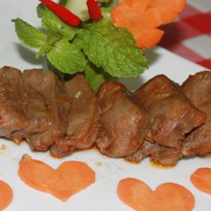 Lưỡi heo nướng sa tế – sự tinh tế trong cách chế biến món ăn