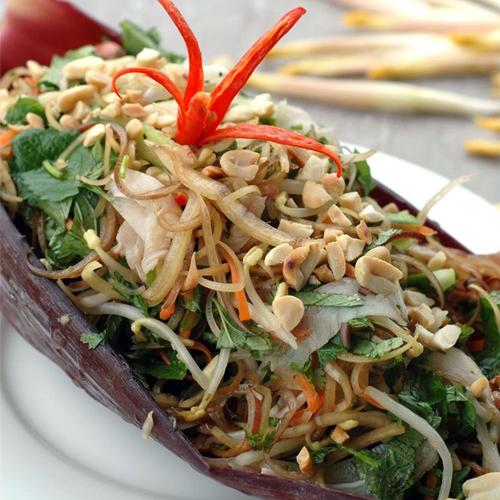 Vị ngon đặc biệt từ món gỏi bắp chuối tai heo