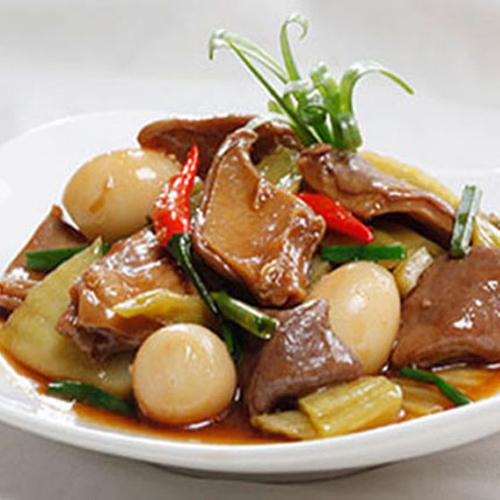 Bao tử kho dưa cải trứng cút, món ăn lạ miệng tốn cơm2